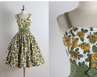 30% SALE Vintage 50s dress | vintage 1950s dress | floral cotton dress xs | 5726
