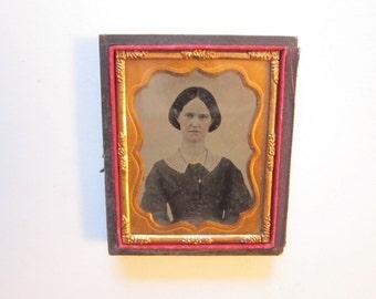 antique cased photo -1/2 case - woman - civil war era, late 1800s