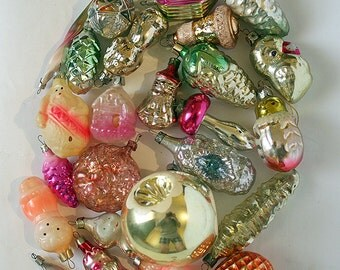 Vintage Christmas Decorations Glass Baubles Ornaments set of 20 Set 21 1970s from Russia Soviet Union USSR
