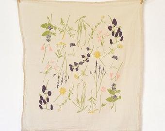 Eastern Region Wildflowers Towel : Flour Sack Kitchen Tea Towel