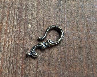 Georgian Hook in Bronze