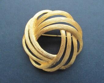 Vintage Trafari Gold Textured Brooch