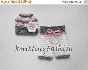 ON SALE 15% SALE Newborn Baby Girl Photo Prop First  Outfit_ Baby Girl Hat and Crochet Shorts _NewBorn Girl Crochet Outfit