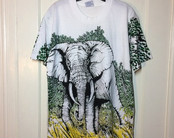 1990s huge Elephant in the Jungle scene all over full print white T-shirt size Large 22x29 art