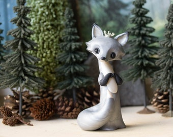 Silver Fox Queen by Bonjour Poupette