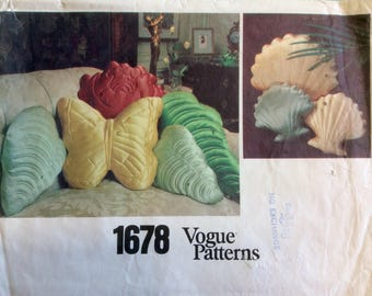 Vintage Vogue Sewing Pattern Home Decor Quilted Stuffed Shaped Pillows Seashells Butterfly Rose Leaf 1980's