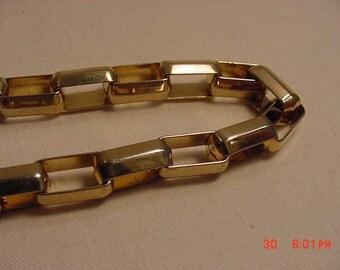 Vintage Thick Link Bracelet  16 - 932