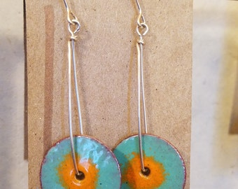 Mint/orange spinners