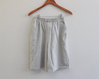 Vintage 80s women light weight High Rise gray loose shorts by City Girl Sport