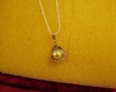 Vintage Sterling Silver Genuine Cultured Pearl Pendant Necklace  8859