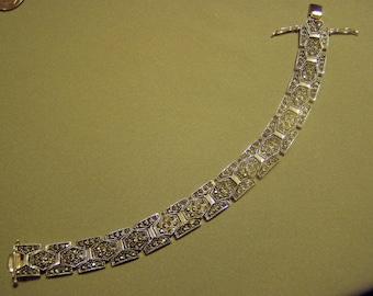 Vintage 1980s Silver Tone Plated Marcasite Link Bracelet Marked PL  8927