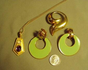 Vintage Lot TAT Signed Pendant Necklace Clip Hoop Earrings Swirl Pin 9118