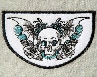 "Phantasm Skull Crest Iron on  4.3"" x 2.8"""