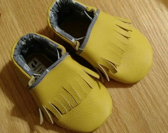 Yellow mustard fringed moccasins size 4/ 6-12 months