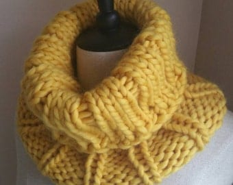 Wool Ribbed Cowl in Yellow Gold