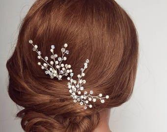 Crystal hair pins, bridal hair vine, beaded hair piece, pearl hair comb, wedding headpiece, babys breath hairpiece, hair pins