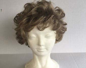 Brush n Go Wavy medium ash blonde vintage ladies wig soft curls short hair wig with bangs synthetic wig costume cosplay fantasy Fashion Club