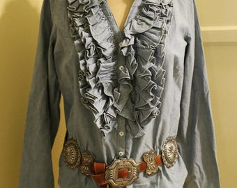 Wonderful Vintage J Peterman Lexington Kentucky Chambray BLOUSE...Tons of Ruffles...Size 8