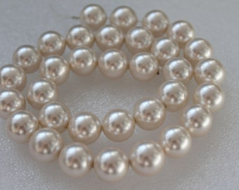 Ivory White South Sea Shell Pearl Beads 12mm - 16 Inch Strand