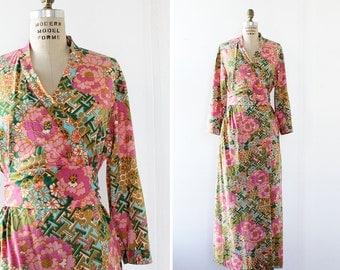 60s Floral Robe M/L • Geometric Oriental Robe • Floral Wrap Dress • Floral Maxi Dress • Vintage Maxi Dress • 60s Dress | D1242