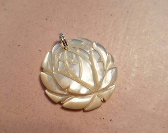Vintage Pendant Shell Mother of Pearl Hand Carved Lotus