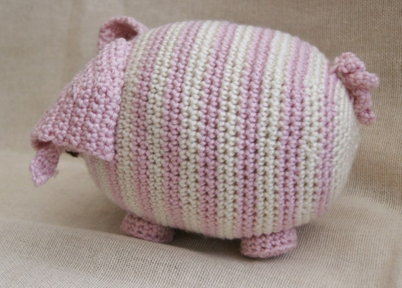 PDF Crochet Pattern for Persephone Pig UK notation from StringTheoryC on Etsy...