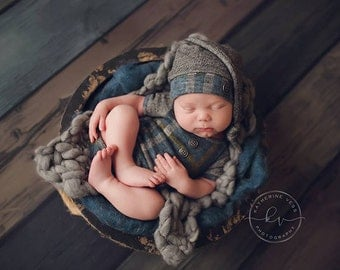 Newborn boy short sleeve romper (Carter) - photography prop - teal, charcoal, plaid, grey, turquoise