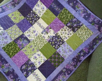 Quilted Table Runner with Lilacs, Spring Quilted Table Topper in Lavender and Green, Floral Lap Quilt, Cottage Chic Table Quilt