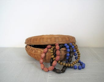 Vintage sweetgrass basket/ woven basket/boho decor/ jewelry container