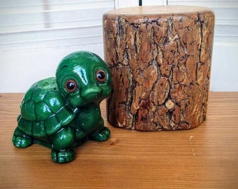 Vintage Green Turtle Candle