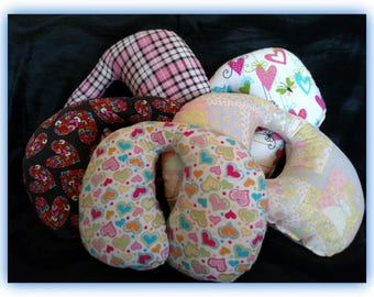 Travel Pillow - Car Seat Neck Support - Infant to Adult Sizes -  Hearts and Plaid