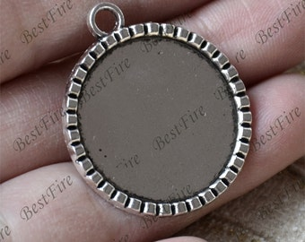 10 pcs Antique Silver round Cabochon pendant tray (Cabochon size 25mm),bezel charm findings,lacework findings,cabochon blank finding