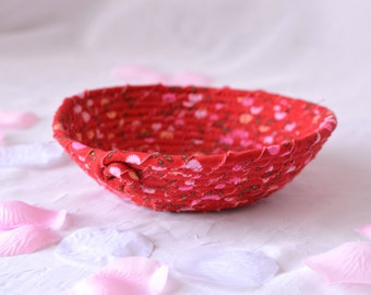 SALE....  Decorative Red Bowl, Handmade Spring Red Decoration, Cute Desk Accessory Basket, Ring Holder, Candy Dish L1