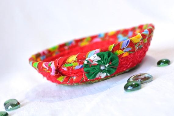 Red Christmas Decoration, Handmade Red Holiday Bowl, Candy Dish, Christmas Red Ring Tray, Holiday Decoration, Stocking Stuffer
