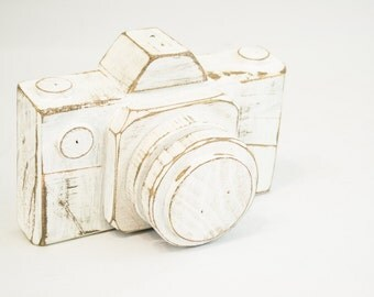 Distressed White Wood Camera Rustic Wooden Home Decor Gifts for Photographers Wooden Home Accessories Rustic Bookshelf Item Wood Camera
