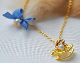 Close to your heart, admiral - SD recommended golden necklace