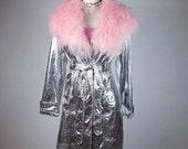 Silver Reptile Print Pastel Pink Mongolia Fur Collar Trim Trench Coat // M