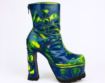 90's Acid Trip Daisy Patchwork Distressed Lava Lamp Blue Green Leather Mega Platform High Heel Luichiny Boots // 6.5