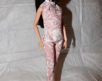 Asian inspired pink & white floral pajama set with slippers for Fashion Dolls - ed945