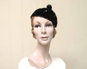 Vintage 1940s Hat /  40s Black Chenille Sequin Beanie