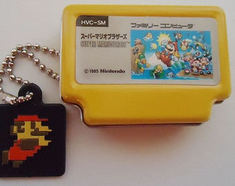 Super Mario Bros Game Tin Pendant. Nintendo.1985.Xtra Rare.Collectors