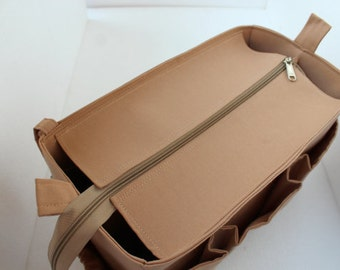 Purse organizer for Louis Vuitton Neverfull PM with Zipper closure- Bag organizer insert in Sand