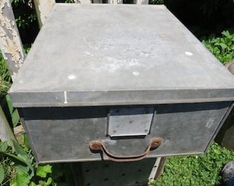 Vintage Metal Galvanized Storage Box.