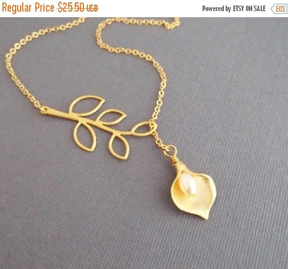 Wedding Jewelry - Calla Lily Lariat Necklace - White Pearl - GOLD FILLED CHAIN