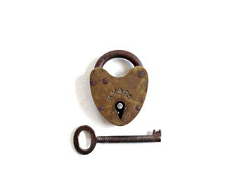Old Vintage Lock . Heart Padlock . vintage small padlock . small lock . lock and key . rustic wedding decor lock key working lock