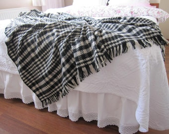 Bed scarf -bed coverlet -Shabby chic bedding-houndstooth flannel throw blanket - bed throws - bedspread, bed runner gray black  mens bedding
