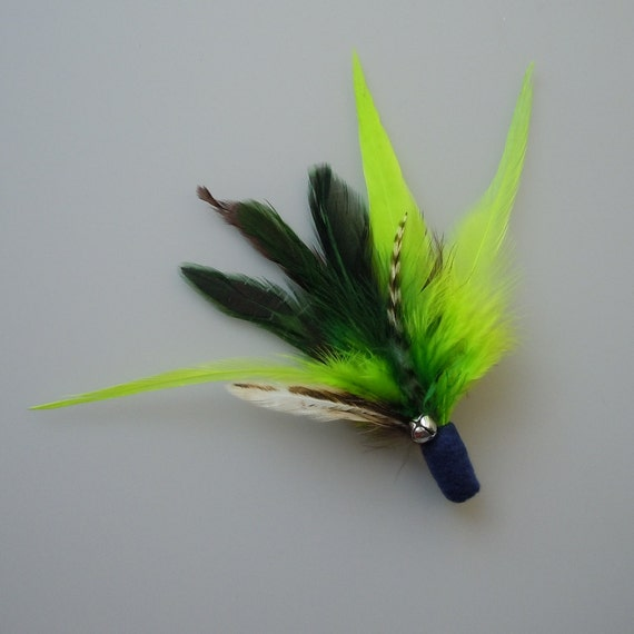 Catnip Cat Toy Dark Blue Feather Flier with Green Feathers