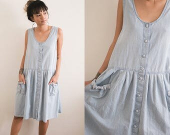 Sleeveless Denim Dress / Light Blue Buttoned Dress / Light Wash Jumper Dress / Short Bib Pocket Mini Dress 90s Grunge Sundress Summer Dress