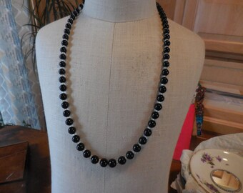 Vintage 1940s to 1950s Black and Clear Glass Necklace Over the Head/No Clasp Graduated