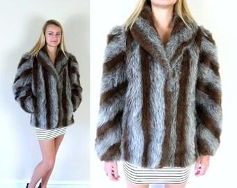 Sale vtg 70s Tiger STRIPED faux fur SHAGGY COAT Medium vegan outerwear avant garde mod winter jacket